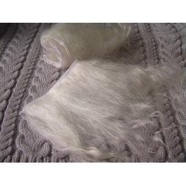Тресс натуральный из волос ангорской козы (некрашеный блонд).
